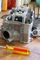 riparazione di motori per motocicli foto