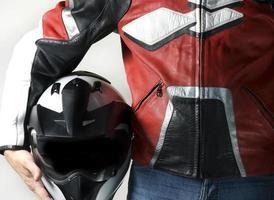 motociclista con casco foto