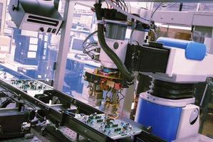 robot industriale foto