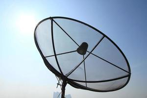 parabola satellitare per le telecomunicazioni foto