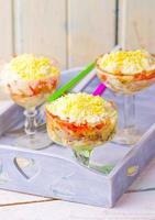 mimosa tradizionale insalata russa foto
