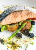 pesto di salmone alla griglia