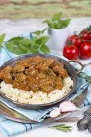 spezzatino di carne con cuscus foto
