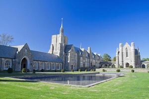 chiesa del castello e stagno foto