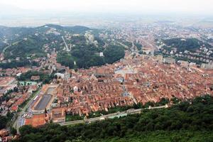 centro storico di brasov, vista dalla collina di tampa foto