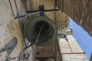 campana appesa