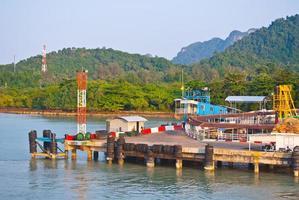 molo a Surat Thani a Koh Samui foto