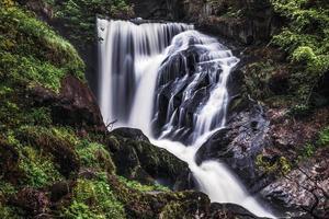 cascata di primavera foto
