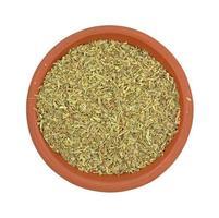 porzione di erbe salate nel piatto foto