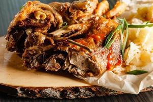carne con insalata foto