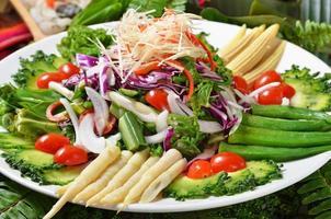 insalata colorata foto