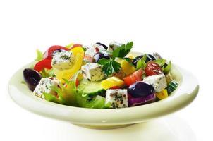 insalata greca fatta in casa foto