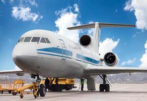 l'aereo è in manutenzione foto