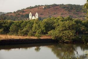 paesaggio della chiesa di goa foto