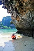 railey beach - krabi thailandia foto