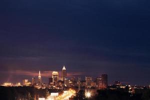 Cleveland - vista sullo skyline foto