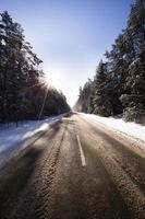 la strada d'inverno foto