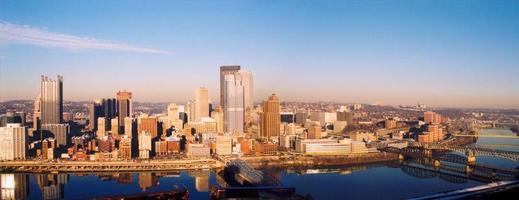 skyline di Pittsburgh foto