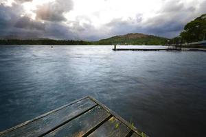 pontile sul lago windermere