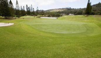 bellissimo campo da golf su lanai hawaii foto
