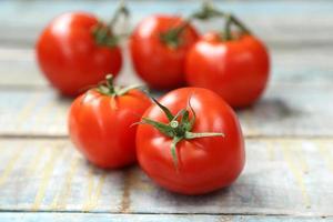 pomodori freschi foto