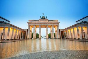 bella vista del branderburger di notte, Berlino foto