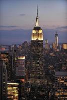 skyline di New York e Empire State Building, Manhattan foto