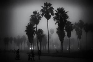 giornata nebbiosa sulla spiaggia di venezia foto