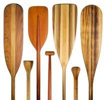 estratto di pagaie di canoa di legno foto