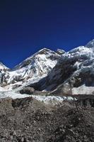 trekking del campo base dell'Everest. foto