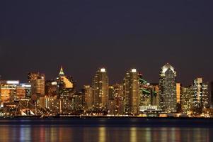 scena di notte del centro di San Diego foto