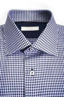 camicia da uomo con etichetta vuota foto