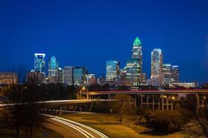 l'ora di punta della sera permuta a Charlotte, North Carolina 4 foto