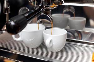 macchina da caffè in lavorazione foto