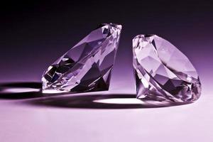primo piano di diamanti foto