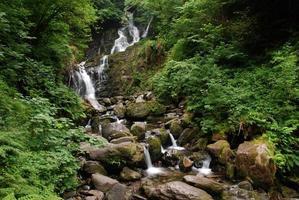 torc waterfall, irlanda foto