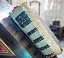 vecchi libri da vicino foto