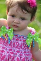 primo piano del bambino irritabile foto