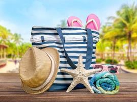 spiaggia. accessori da spiaggia colorati foto