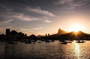 tramonto a rio de janeiro foto