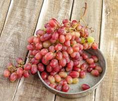 grappolo d'uva rossa foto