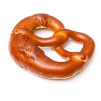 pretzel isolato su uno sfondo bianco studio. foto