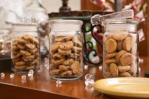 vasetti di biscotti di vetro foto