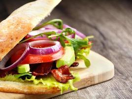 gustoso panino fatto in casa foto