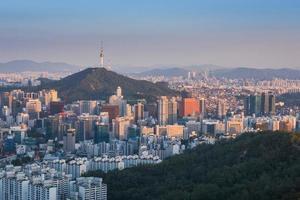tramonto della città di Seoul, Corea del Sud foto