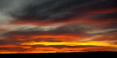 tramonto arancione brillante