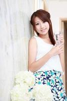 giovane donna asiatica foto