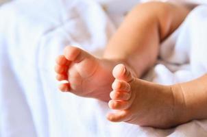 piedi del bambino