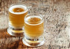 paio di birra leggera foto