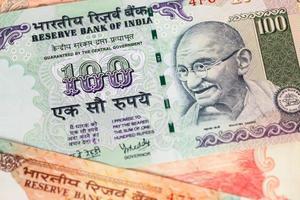 primo piano della banconota dei soldi della rupia dell'India foto